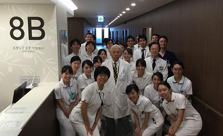 呼吸器外科診療チーム -1号館(新病院棟)にて淺村尚生教授を囲んで-