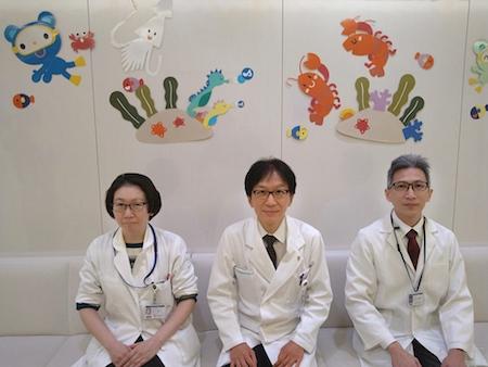左から:田口寛子(臨床遺伝学センター助教)、高橋孝雄(小児科教授)、筆者 (小児科専任講師)